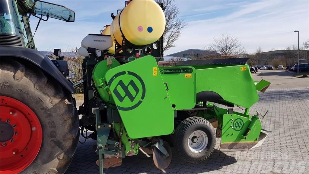 Miedema CP 42 T 4 Reihige Legemaschine mit Kippbunker