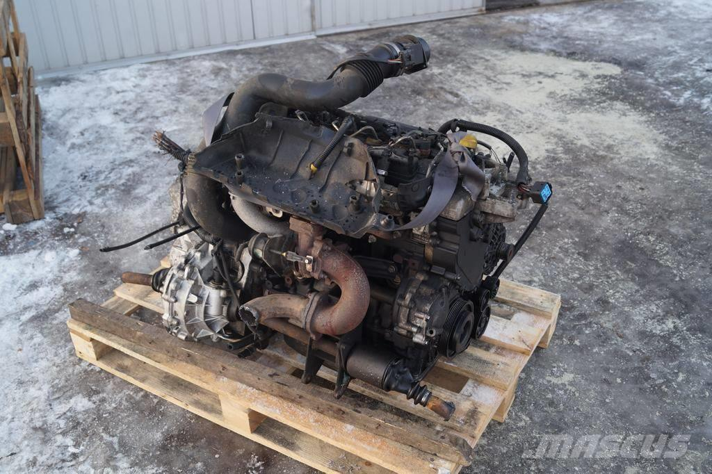 Renault Master 2.2 / Complete engine with gearbox