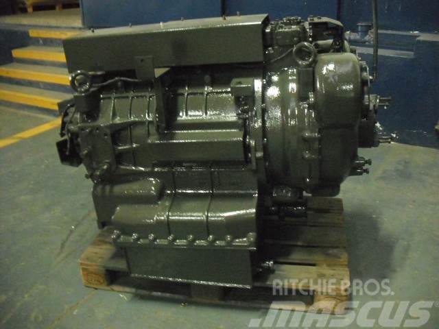 Komatsu HD605-7 gearbox Transmission