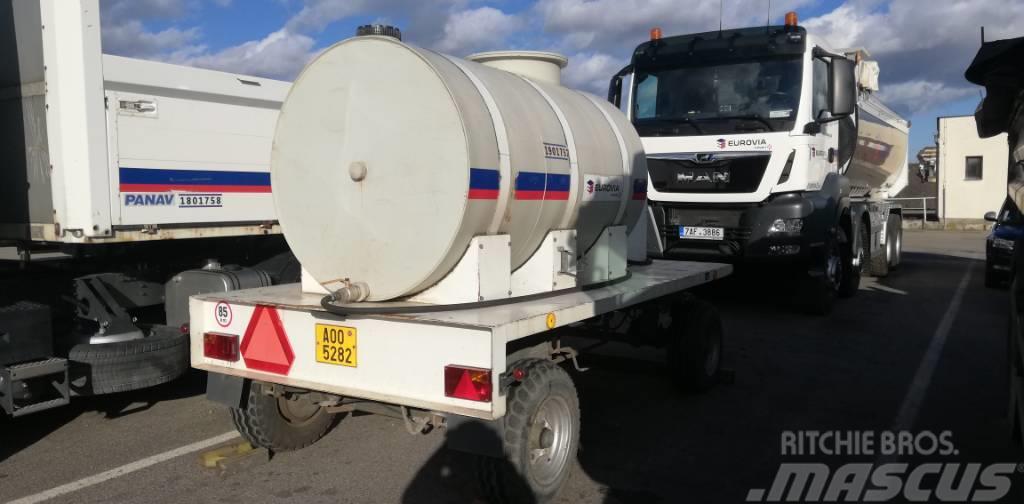 [Other] MOS NUNC 65 - nákladní traktorový cisternový přívě