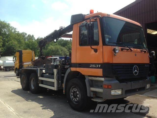 Mercedes-Benz 2631 6x4 WITH CRANE HIAB AND HOOKLIFT-192715 KM
