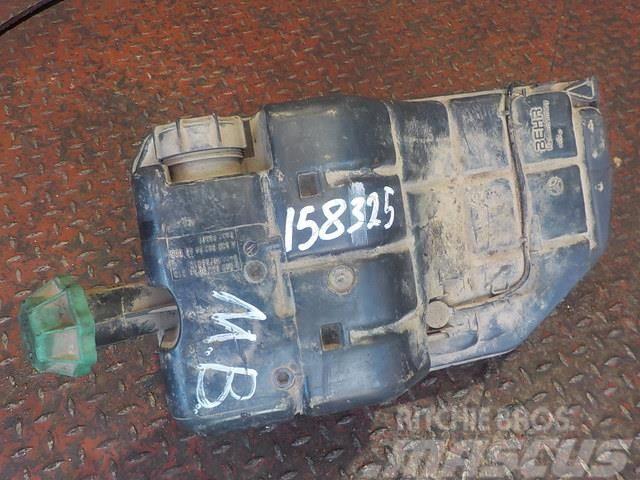 Mercedes-Benz Actros MPIII Coolant reservoir 5003049 5003449005