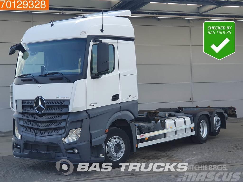 Mercedes-Benz Actros 2542 6X2 Retarder Liftachse ACC Navi 2x Tan