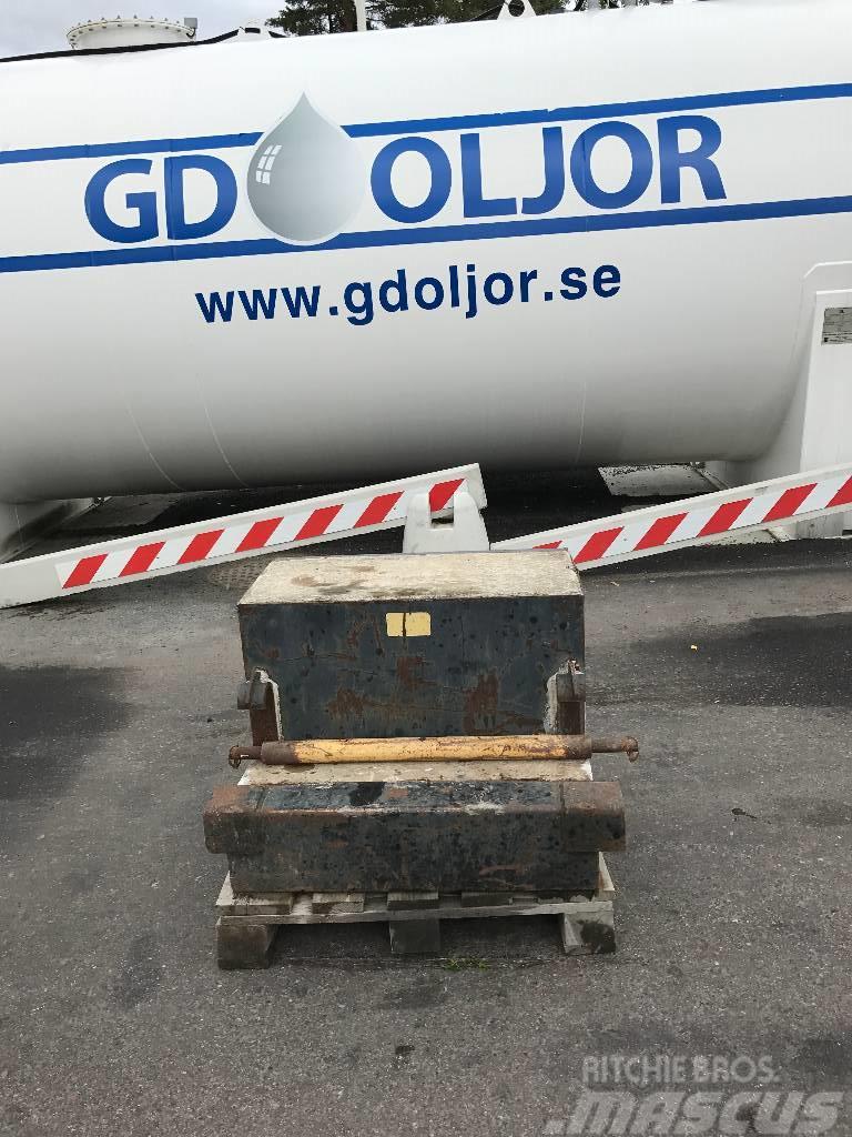 [Other] Bakvikt 850 kg