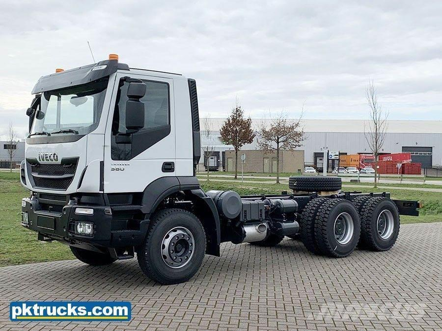 Iveco Trakker AD380T38H-3820 6x4 Chassis Cabin