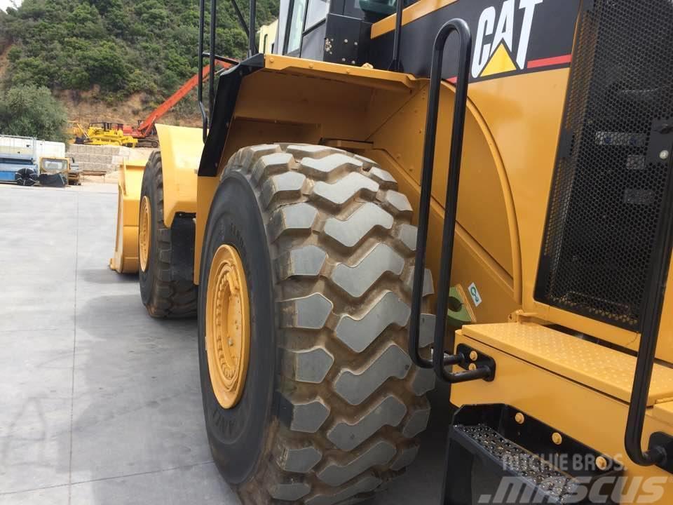 Caterpillar 980 G II, 2002, Incarcator pe pneuri