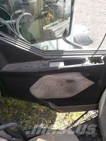 Renault Premium II Door panel 5010609247