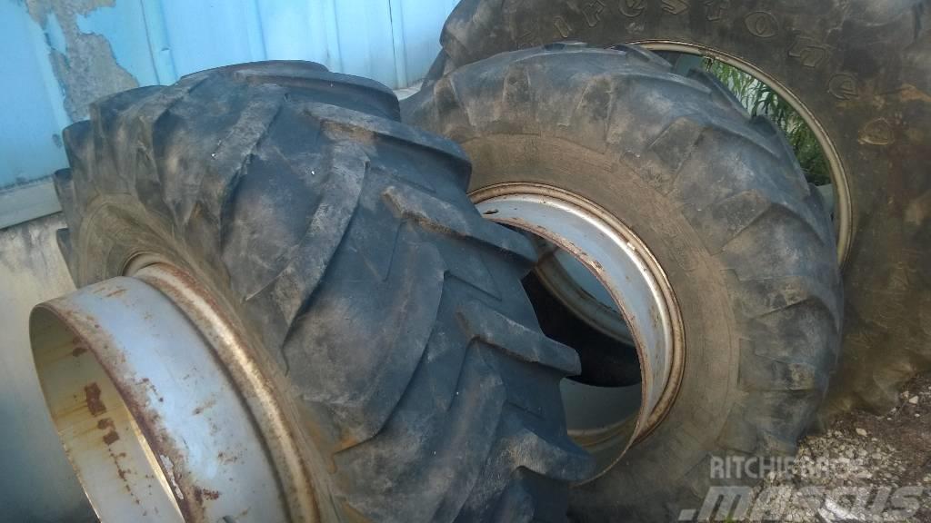 Michelin 16.9 R28