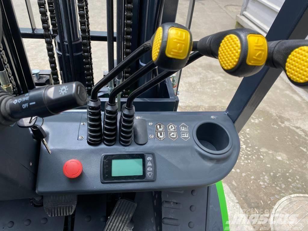 UN Forklift 3TON DIESEL CONVERTED LITHIUM BATTERY SUPEREC