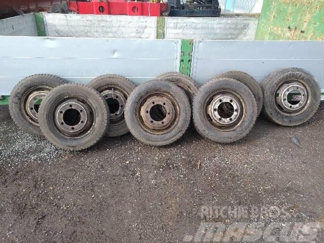 [Other] Reifen Kompletteräder