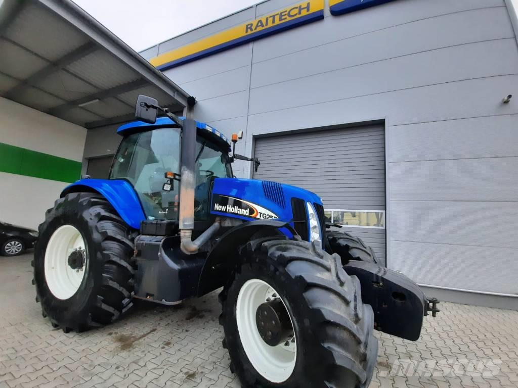 New Holland TG 255