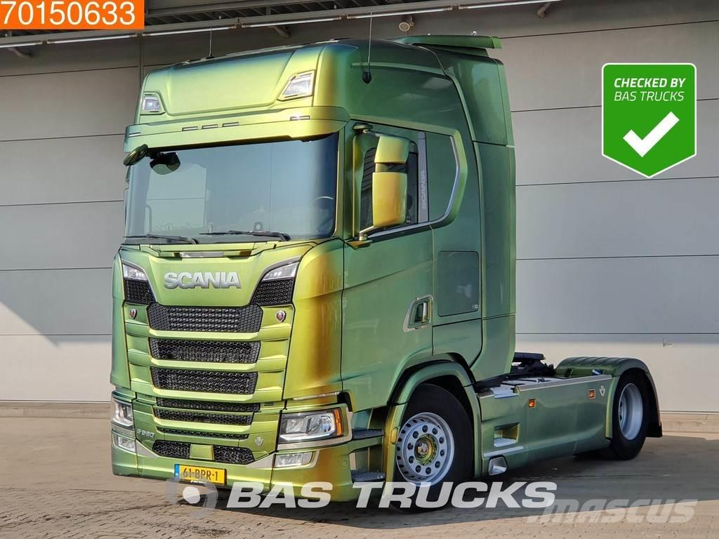 Scania S520 4X2 V8 Retarder Special Paint ACC NL-Truck
