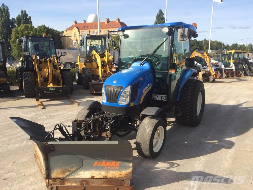 New Holland 3040 Boomer