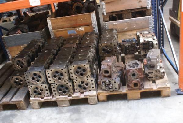 DAF NEW ENGINE PARTS, 2012, Motorer