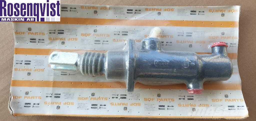 Deutz-fahr Same/Lamborghini Brake pump 0 014 0364 3