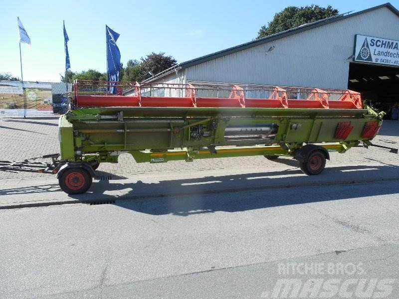 CLAAS Vario 900 mit Transportwagen