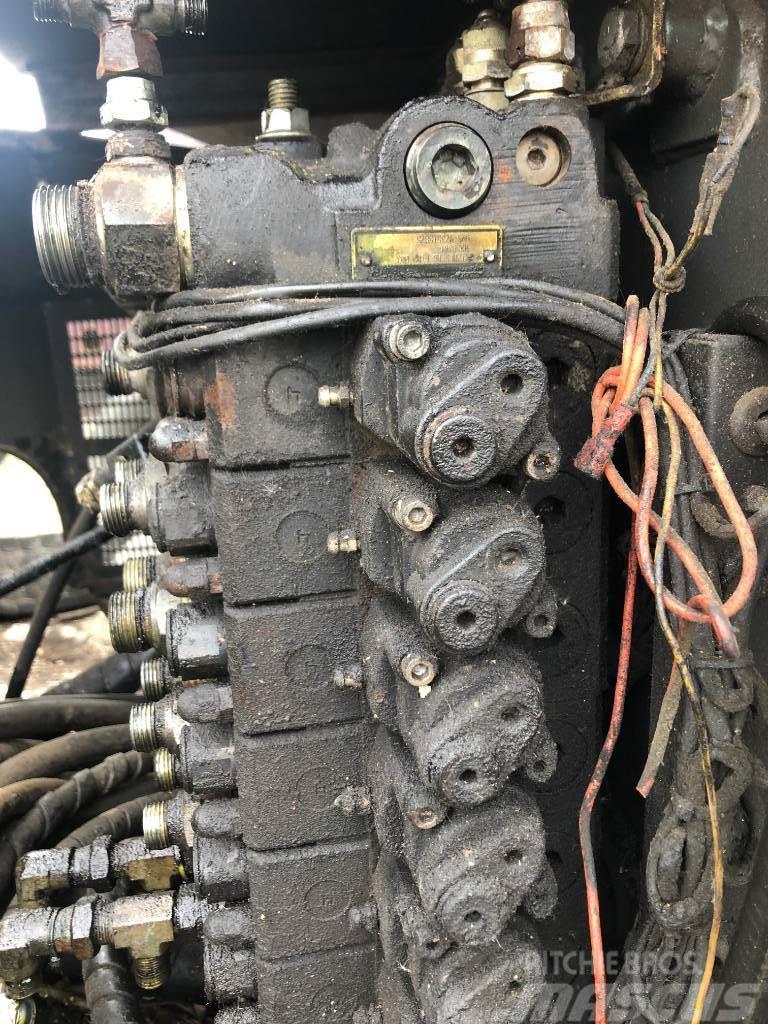 Ponsse Cobra rozdzielacz hydrauliczny