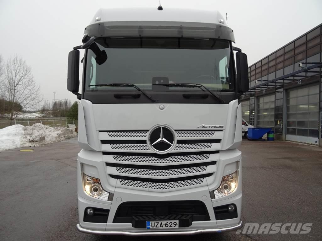 Mercedes benz actros 2551ls 6x2 2 bigspace tractor units for Mercedes benz financial phone number usa