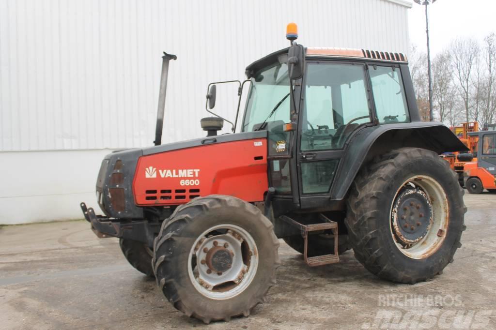 Valmet 6600 Tractor