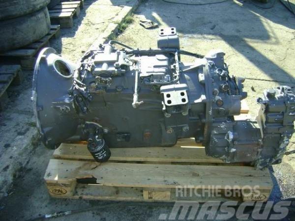 Scania 124; GR900