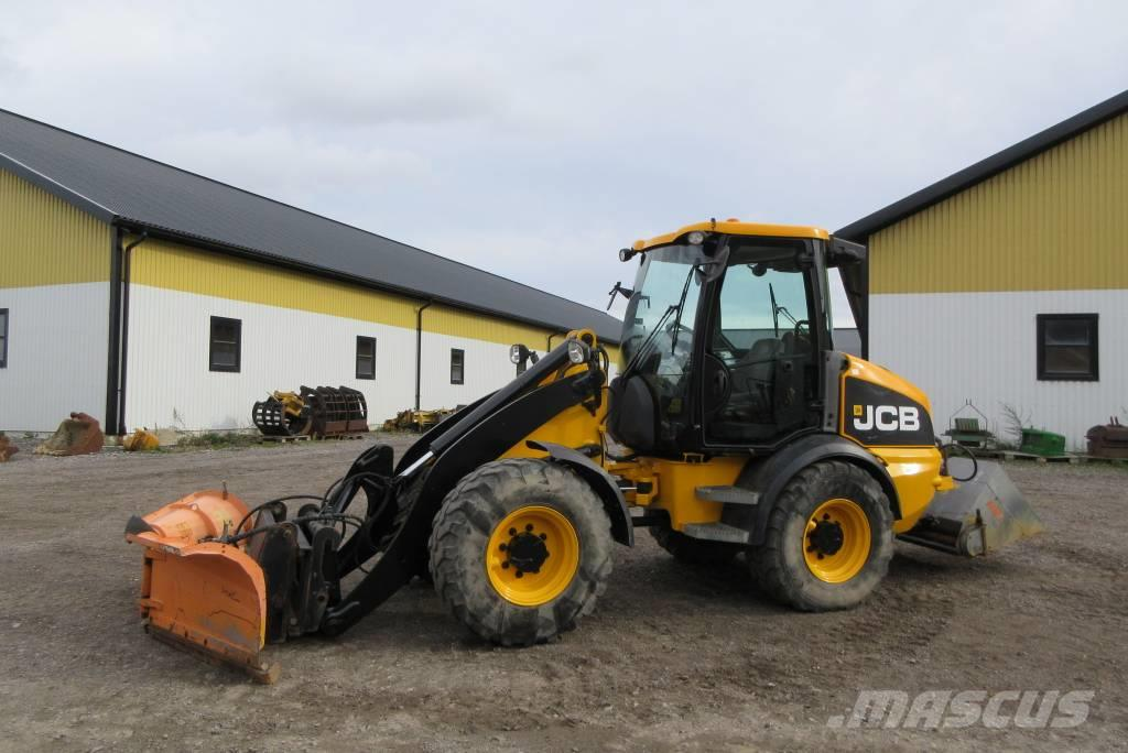 JCB 409 lastmaskin, snöblad, sandspridare