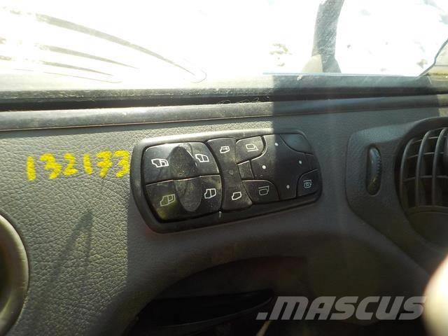 Mercedes-Benz Actros MPII Control switch 9438200097 78313 463416