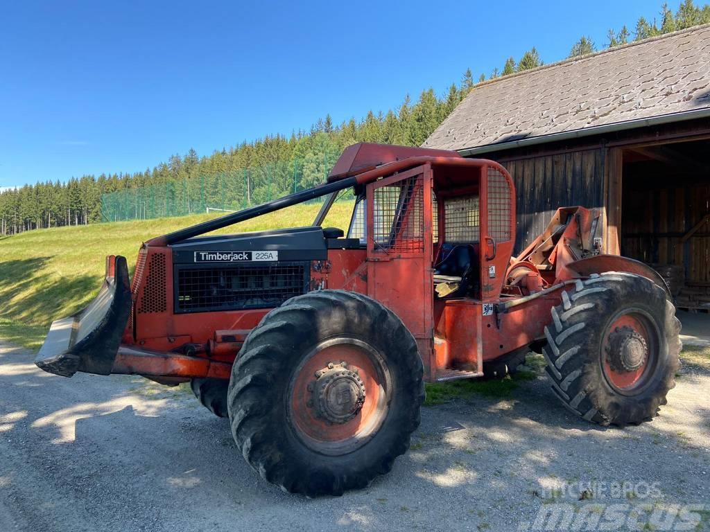 Timberjack 225 ASSEX