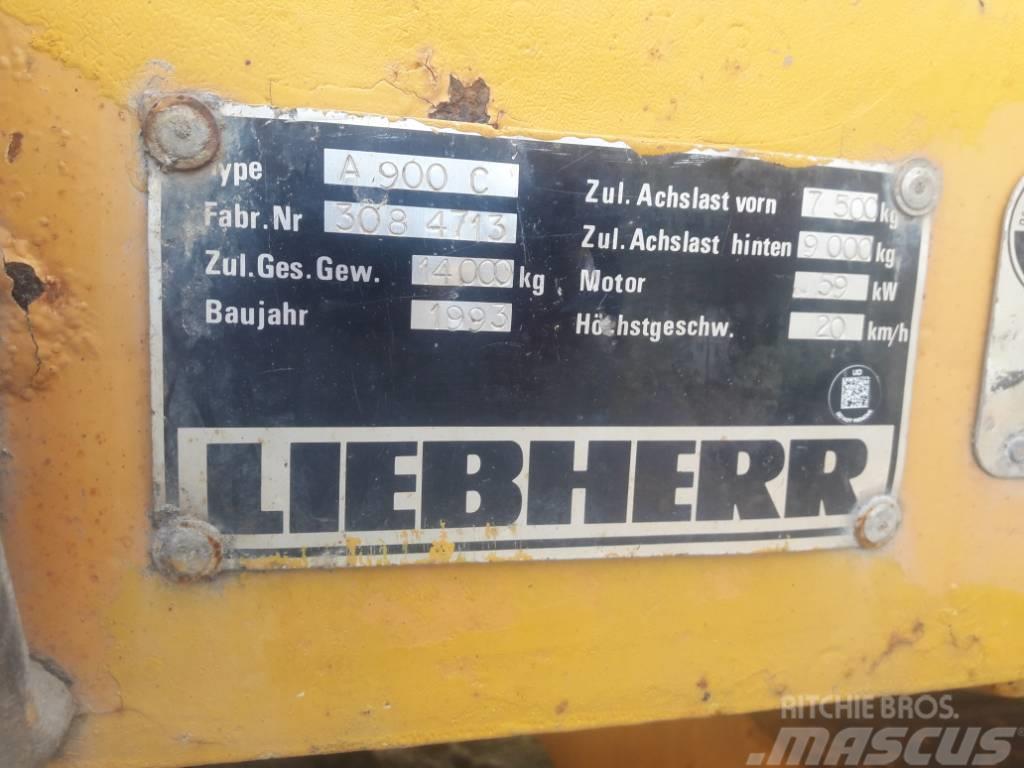 Liebherr A 900 C