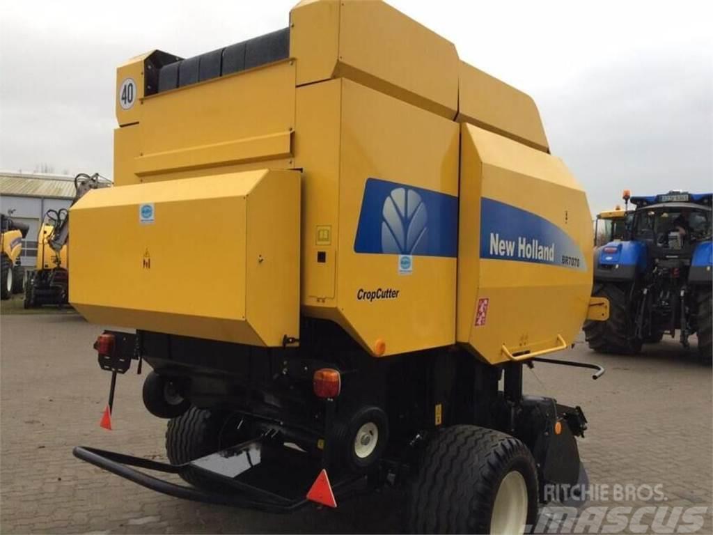 New Holland BR7070CC