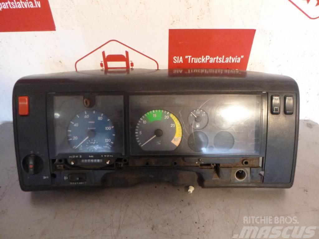 Mercedes-Benz VARIO DASHBOARD A0005427401