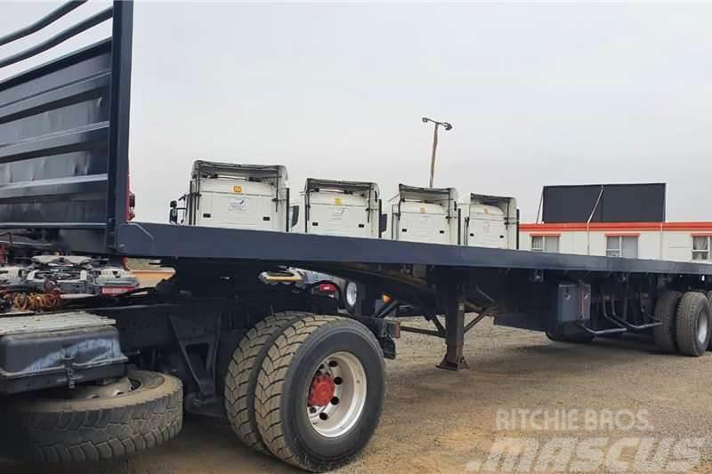 [Other] Truck Craft TRUCK CRAFT 14m TRI-AXLE FLAT DECK
