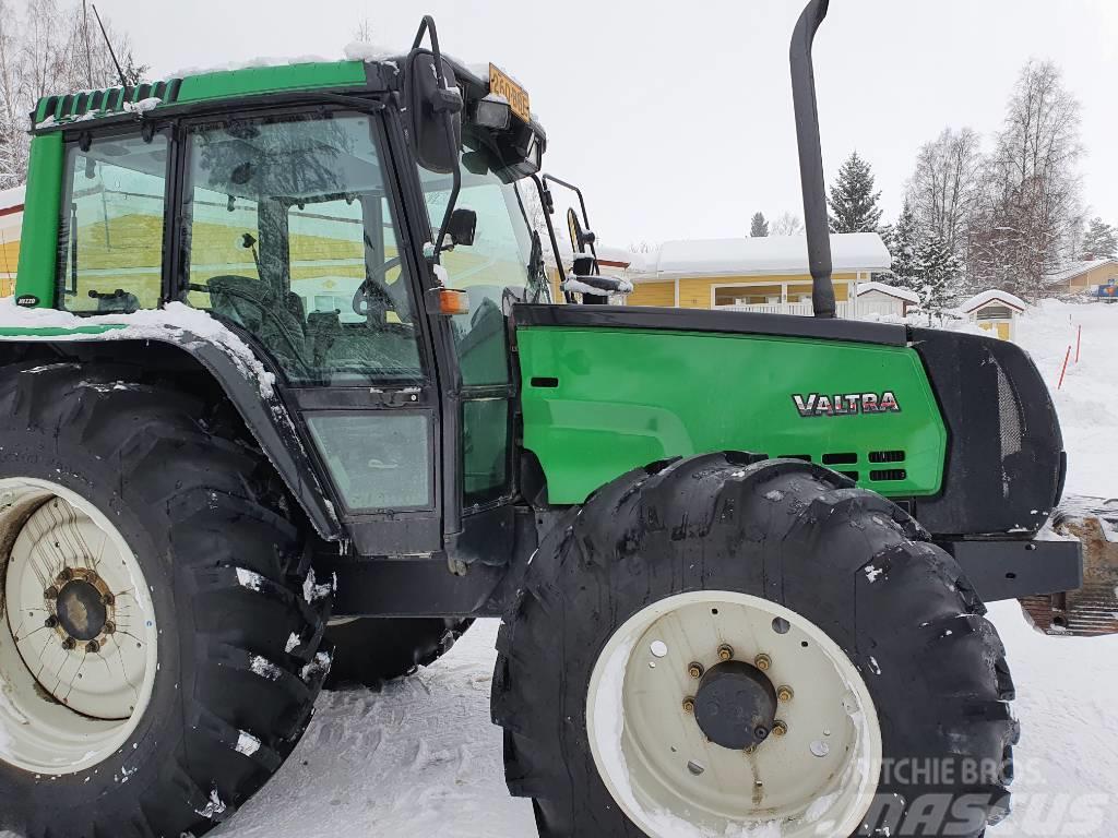 Valtra 6400