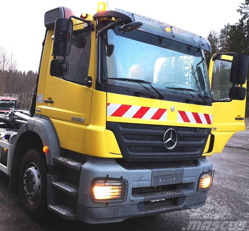 Mercedes-Benz Axor 2529 koukkuauto automaatti 6x2*4