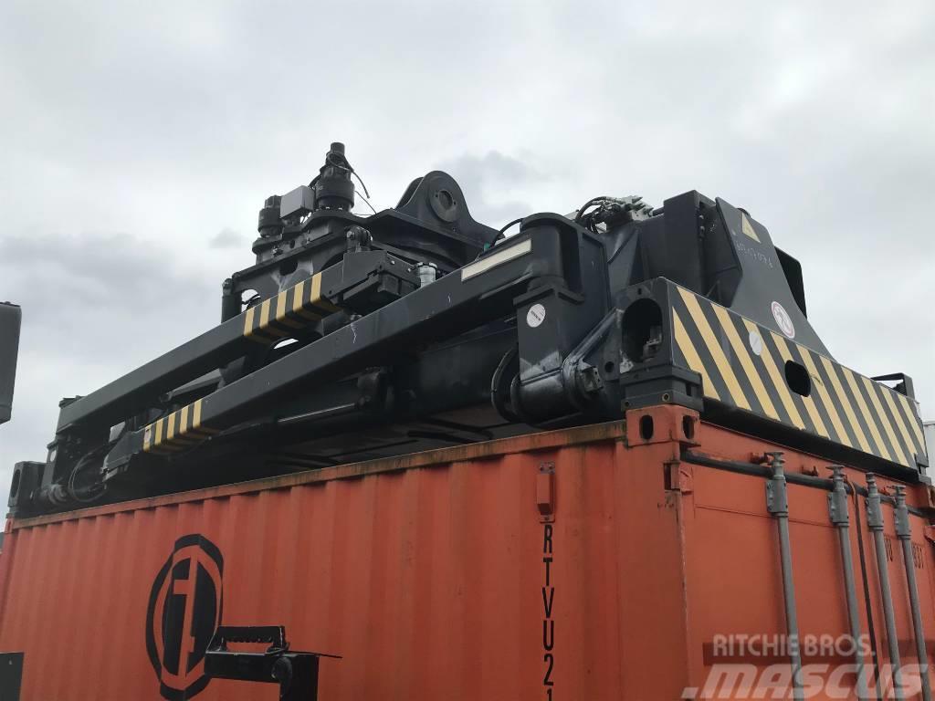 Elme 857 intermodal top lift spreader