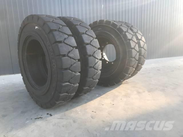 [Other] Tyres 1000 x 20 SOLID TYRES