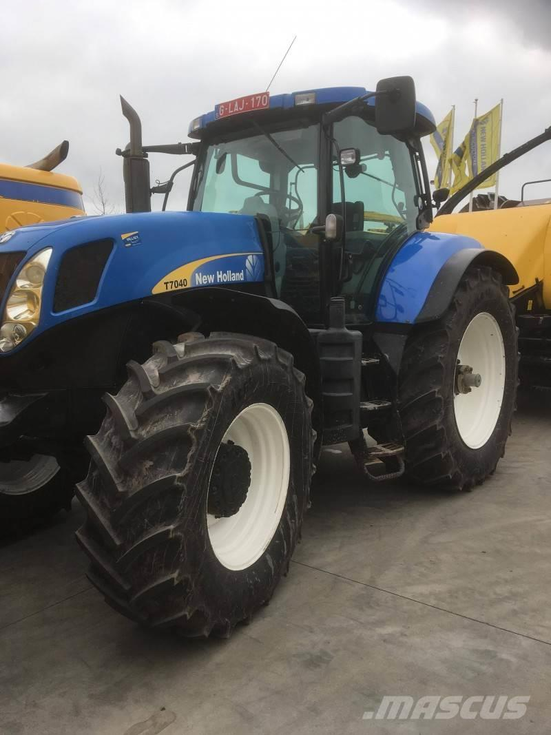 New Holland T7030 CLASSIC