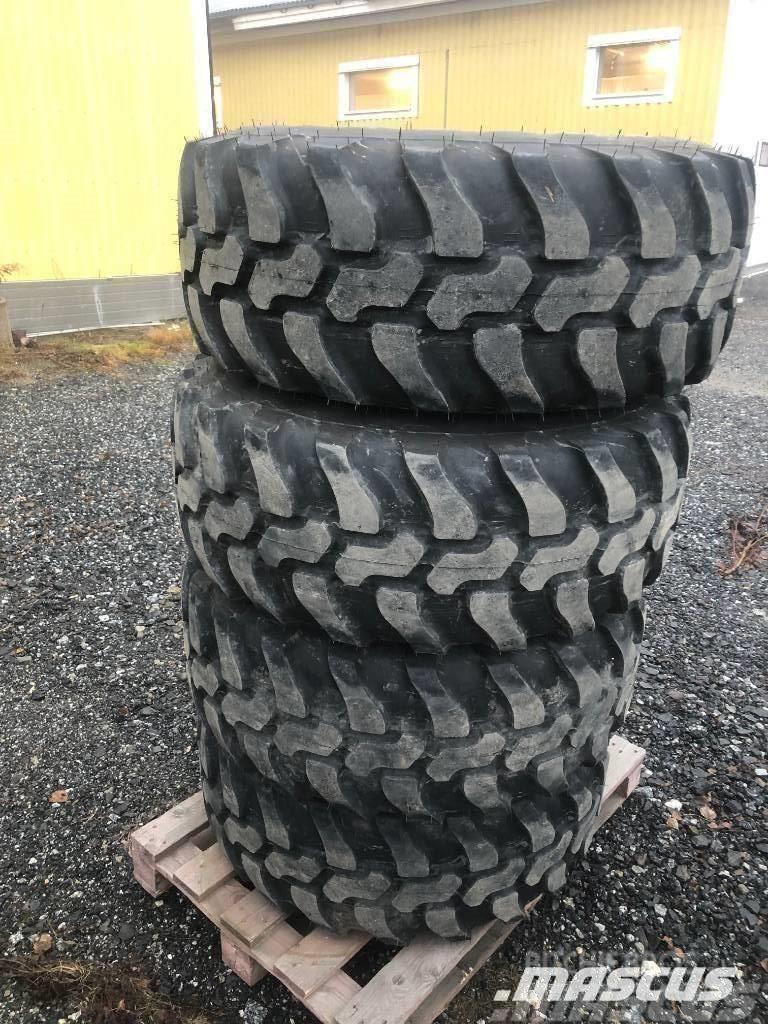 Dunlop SP 405 / 70 - 18