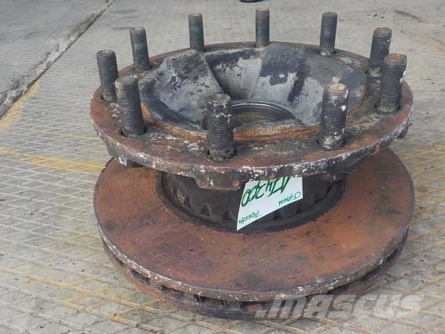 Renault Premium II Wheel hub front 7421022433 85111789 851