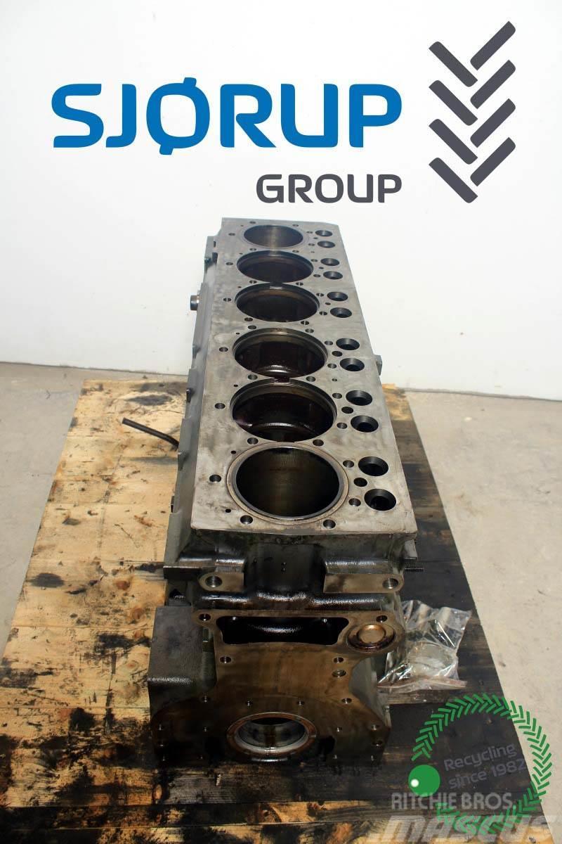 Massey Ferguson 8690 Engine Block
