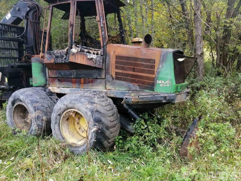 John Deere 1410 D breaking for parts