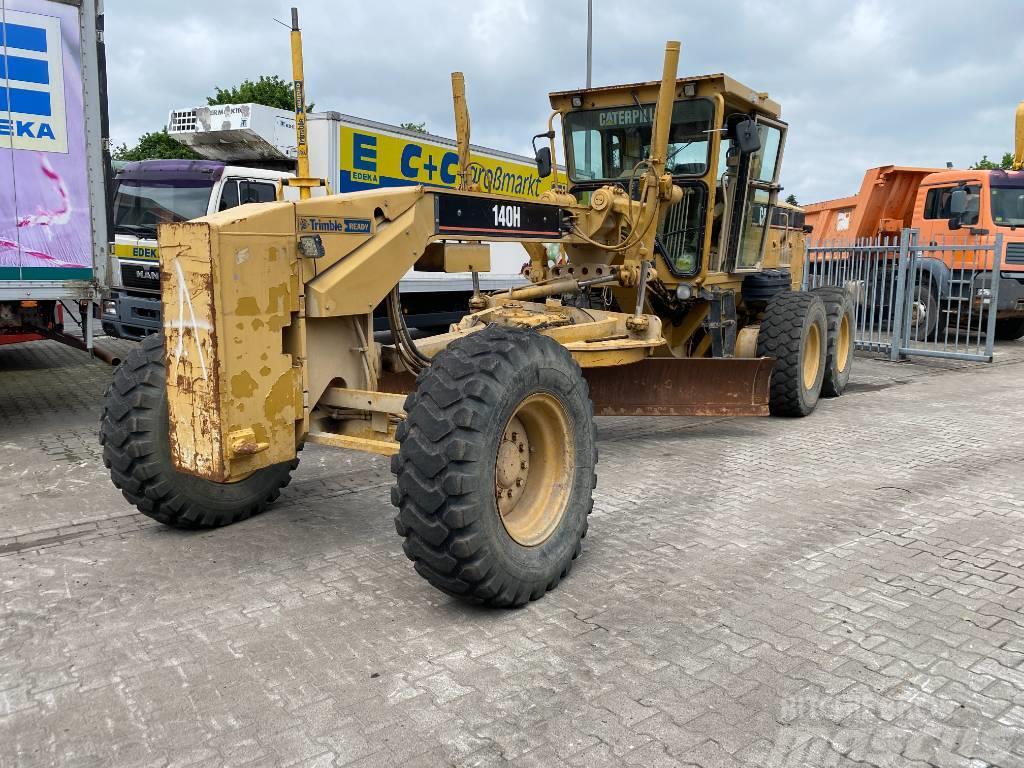 Caterpillar 140H mit Trimble CB430 GPS