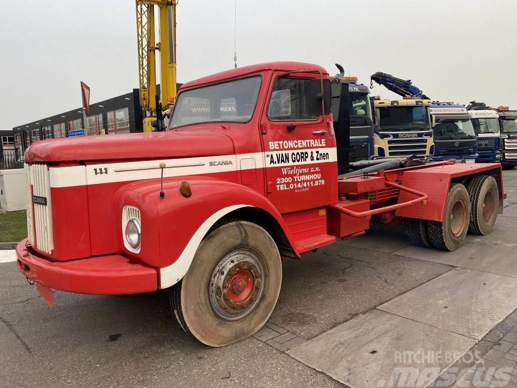 Scania T111