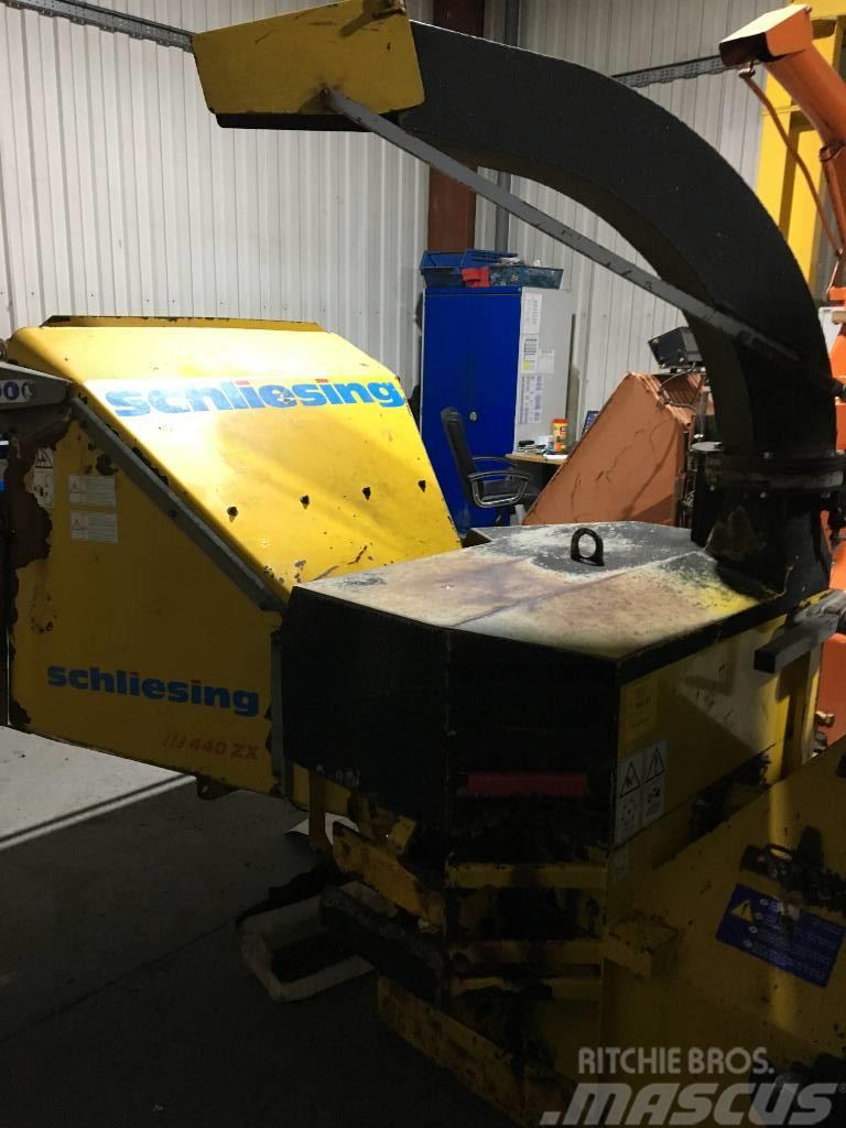Schliesing 440 ZX PTO Wood Chipper