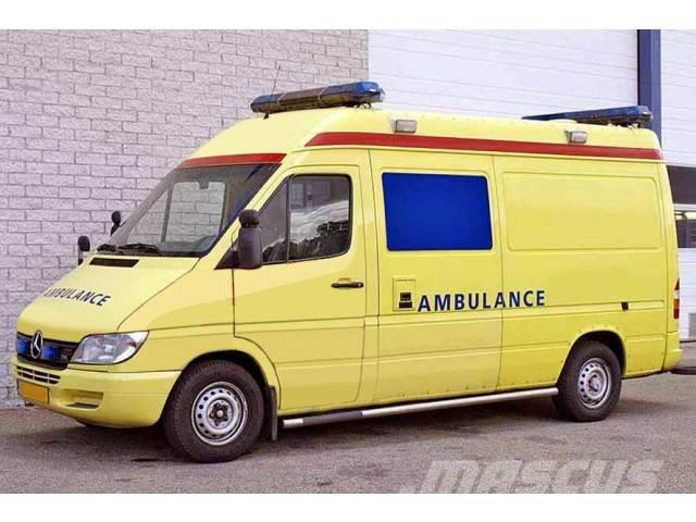 Mercedes-Benz 316 CDI 4X2 AMBULANCE