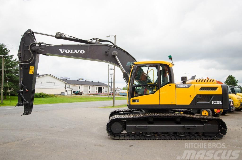 Volvo EC 220 DL / 2KPL
