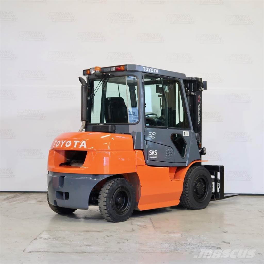 Toyota 42-7FD35
