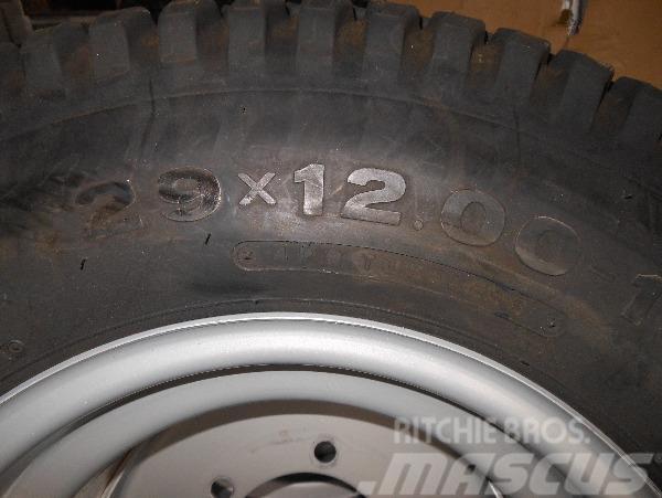 Bridgestone 29/12,00-15, Däck, hjul och fälgar