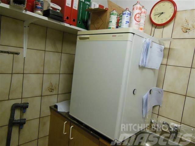 Boss køleskab