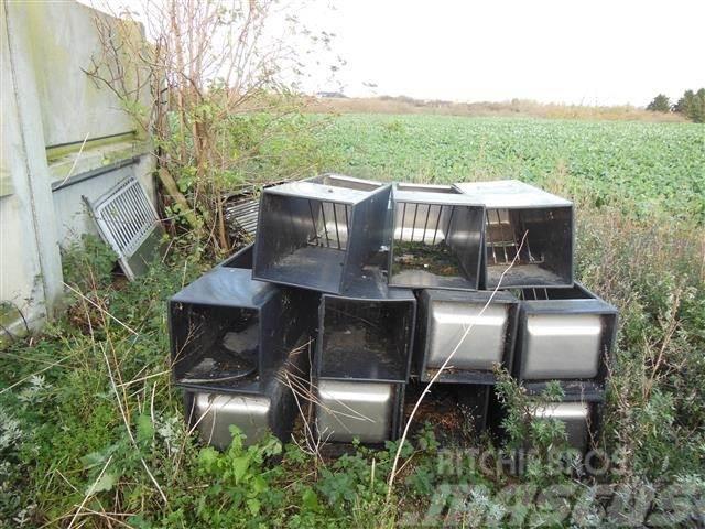 Domino halmfoderautomater