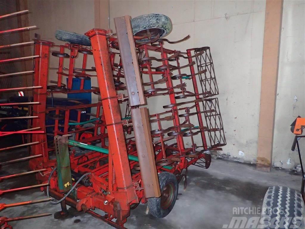 Fraugde 540 M-PLANERPLANKE og rotorsmuldre
